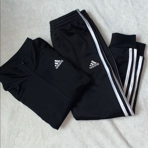 Boys Adidas Outfit Size 6